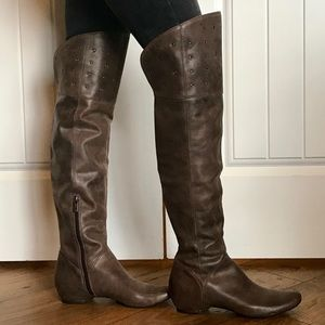 d5360b03012 Kenneth Cole Reaction Shoes - NWOB Kenneth Cole Thigh High Bard Tricks Boots